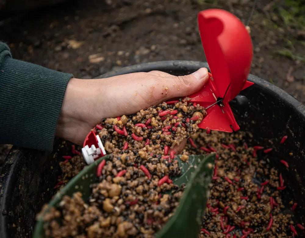 Winter Bait Guide: How To Make The Perfect Winter Spod Mix